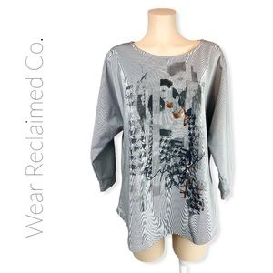 🆕 Grey Graphic Top w/ Dolman Sleeves